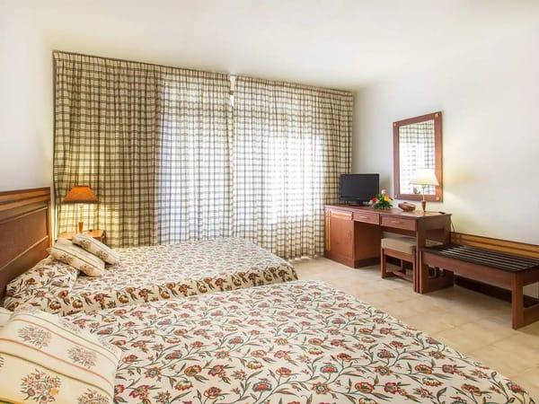Standard Double Room in Copacabana Hotel, Havana