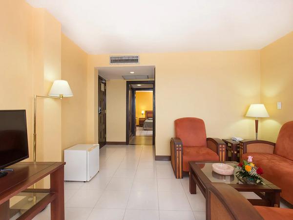 Copacabana Hotel Havana Junior Suite