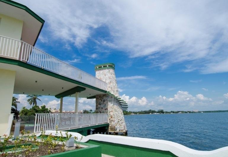 Mengenai Hotel Encanto Perla del Mar